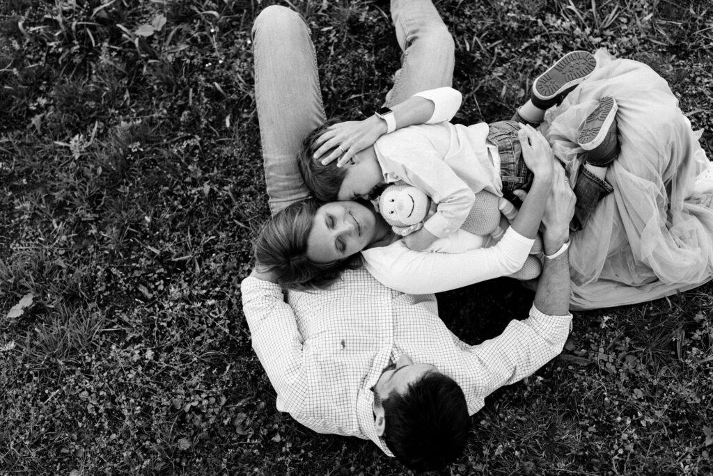 Familienfotograf Darmstadt - Familienshooting in der Natur